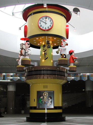 JR富山駅北口地下広場「ちんどんからくり時計」