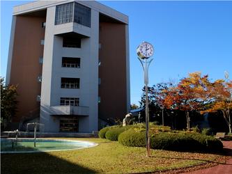 日本工業大学 B